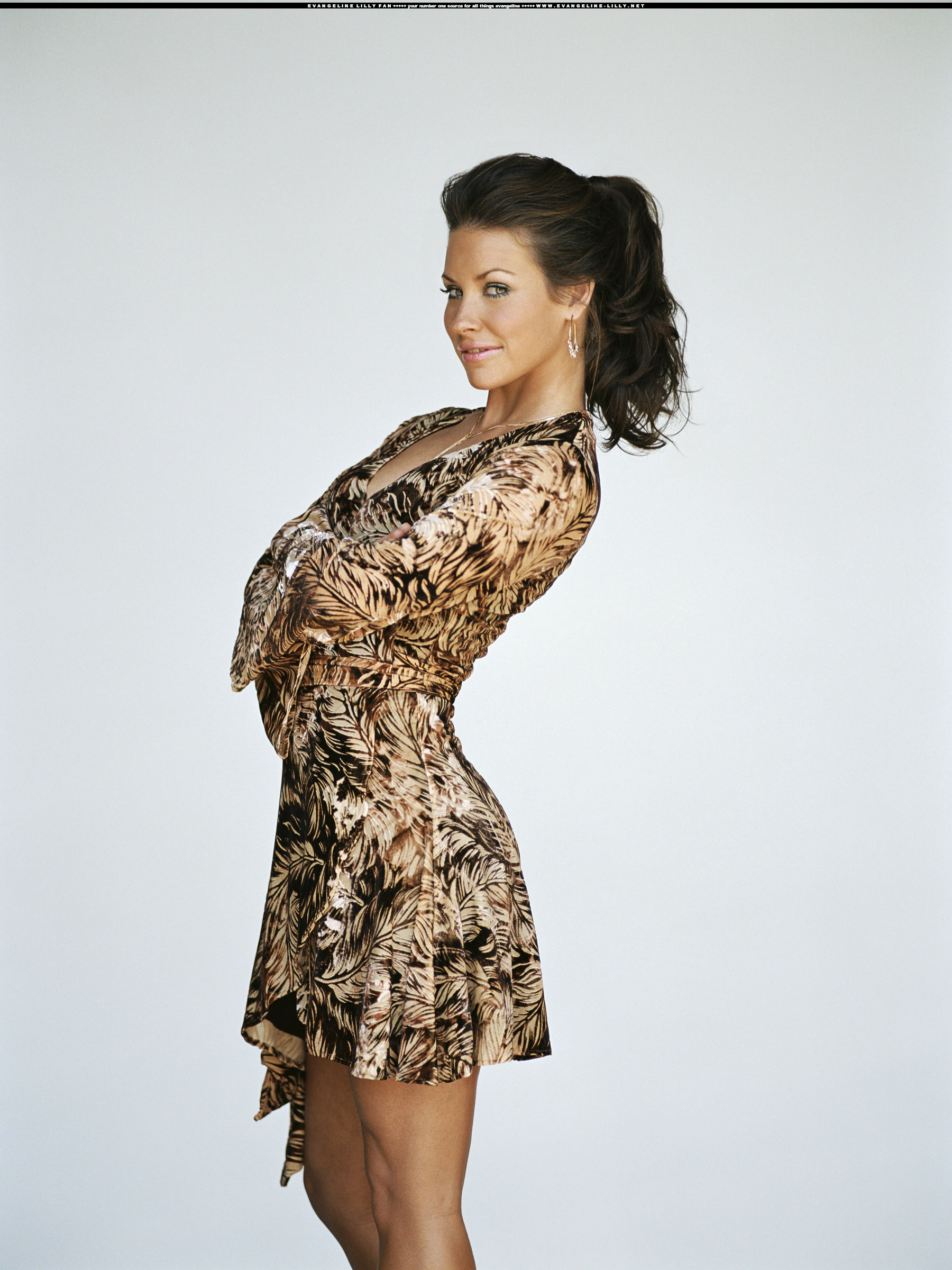 Evangeline lilly in pantyhose